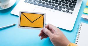 ساخت لیست ایمیل